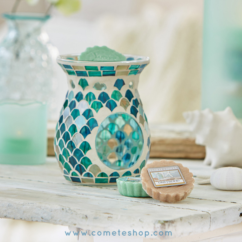 nouvelle collection coastal living bougie yankee candle bruleur a tartelette mosaique fresh ocean brule parfum deco marine ocean verre